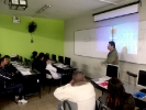 Sr. Martín Merejildo, Jefe de Campo, capacita al equipo de encuestadores  en el marco de la ejecución del Proyecto ENMIR  2012